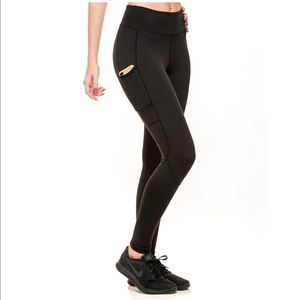 c09ecbb81aab4 Foxy Athletics. Foxy Athletics Carla Leggings